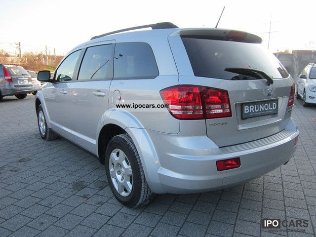 2010 dodge journey 2 4 se car photo and specs. Black Bedroom Furniture Sets. Home Design Ideas