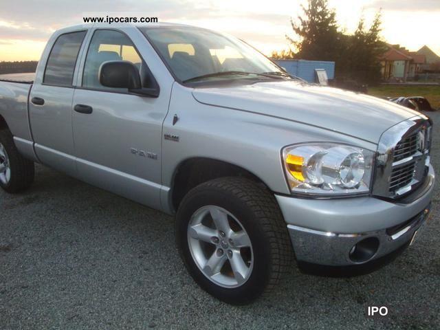 2008 dodge ram 1500 4x4 5 7 v8 hemi big horn truck car photo and specs. Black Bedroom Furniture Sets. Home Design Ideas