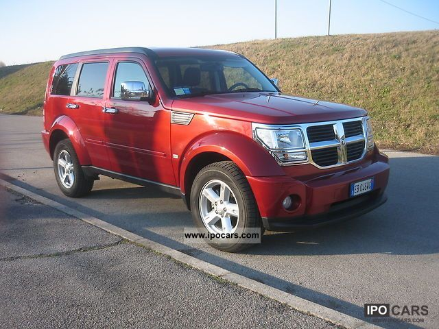 2010 dodge nitro sxt 4wd car photo and specs. Black Bedroom Furniture Sets. Home Design Ideas