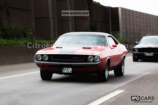 Dodge  1970 Challenger 383 R / T Manual # match 1970 Vintage, Classic and Old Cars photo