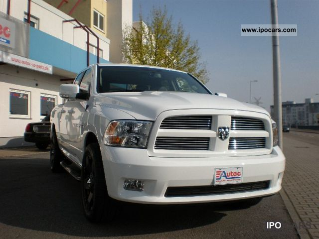 2011 Dodge  2012 SPORT QUAD CAB HEMI 4x4 Off-road Vehicle/Pickup Truck New vehicle photo