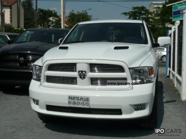 2012 dodge ram sport crew cab car photo and specs. Black Bedroom Furniture Sets. Home Design Ideas