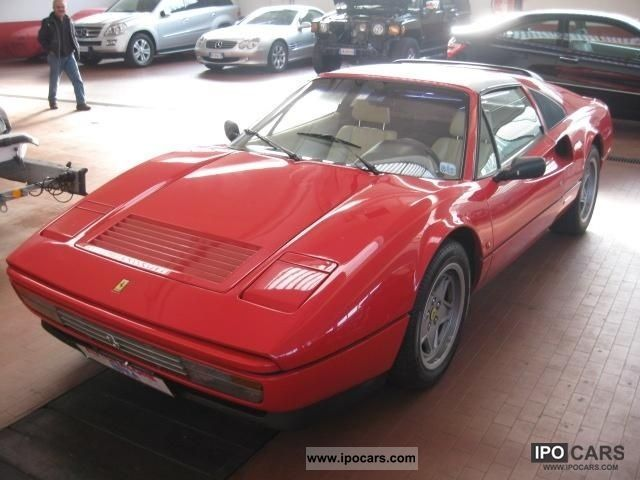 1986 Ferrari 328 GTS Cabrio / roadster Used vehicle photo 3