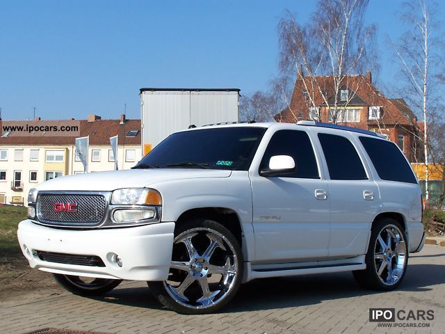 2004 gmc denali yukon 26 car photo and specs. Black Bedroom Furniture Sets. Home Design Ideas
