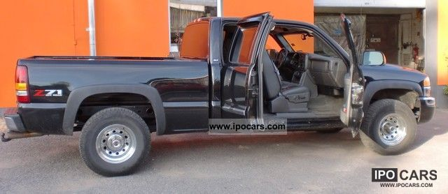 GMC  Sierra 4 × 4 2003 Liquefied Petroleum Gas Cars (LPG, GPL, propane) photo