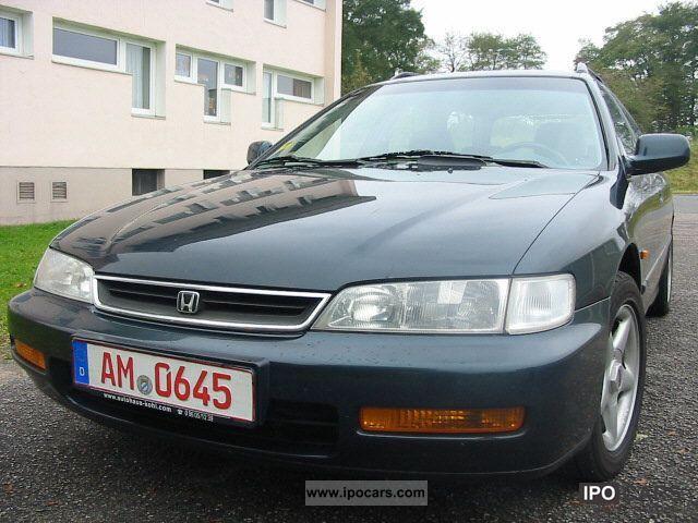 1997 Honda  Accord Aerodeck 2.0i LS 2Airbag Esd aluminum AhkKombi Estate Car Used vehicle photo