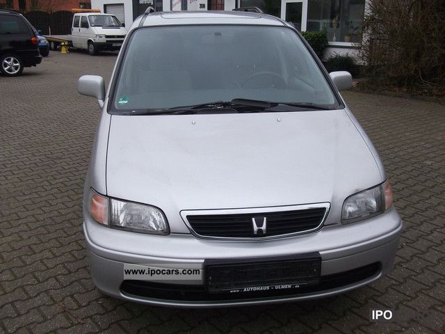 1998 Honda  Shuttle 2.3i LS / 6 seater with air conditioning Van / Minibus Used vehicle photo
