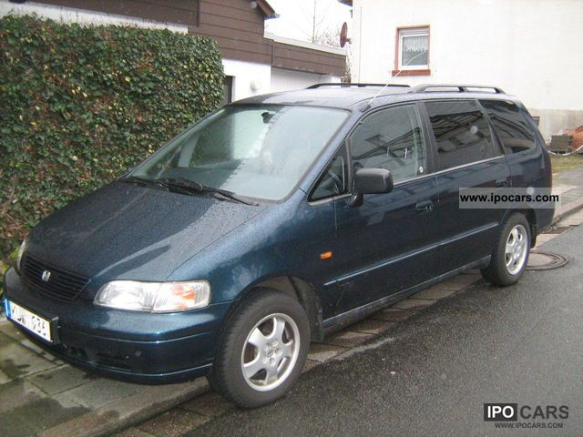 1996 Honda  Shuttle 2.2i ES Van / Minibus Used vehicle photo
