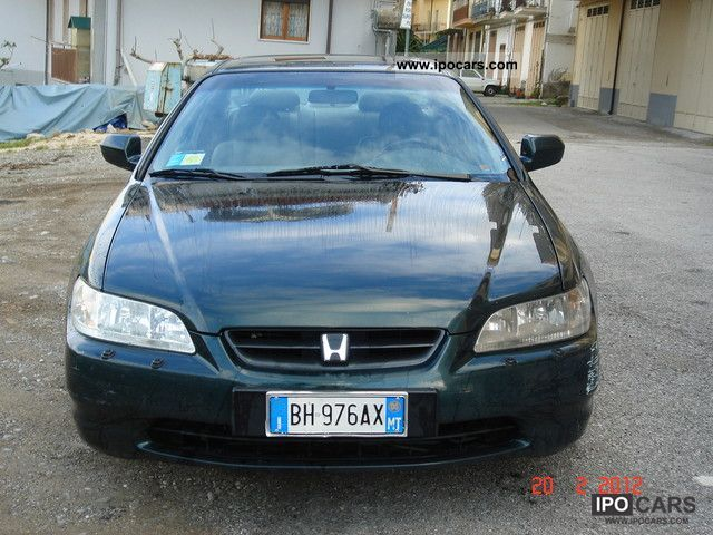 Honda  Bellissima Coupe 2.0i ES con imp. GPL 2000 Liquefied Petroleum Gas Cars (LPG, GPL, propane) photo