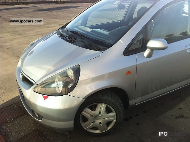 2002 Honda  Jazz 1.2 vendesi Small Car Used vehicle photo