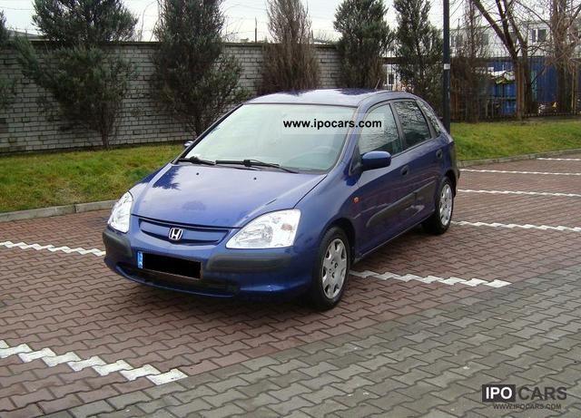2002 Honda  Civic Small Car Used vehicle photo
