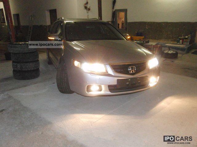 2004 Honda  Accord Tourer 2.4 i Auto Executive * LPG * Estate Car Used vehicle photo