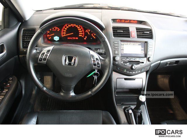 2004 Honda Accord Ctdi Sport Tourer 2 2 Car Photo And Specs