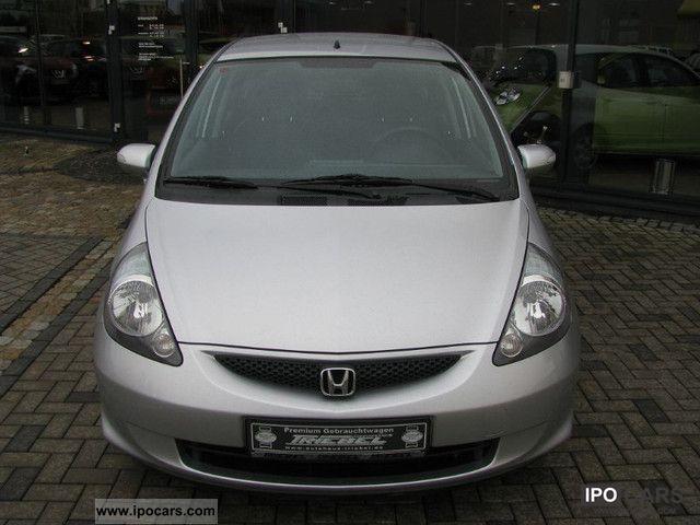 2007 Honda  Jazz 1.4 LS * Klimaaut. * CD * TOP * Small Car Used vehicle photo