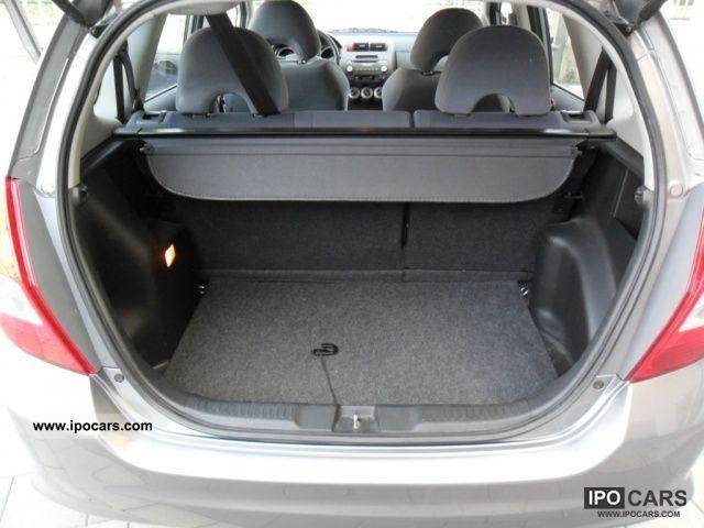 2007 Honda Jazz 1.2 i-DSi 5p. Live + - Car Photo and Specs