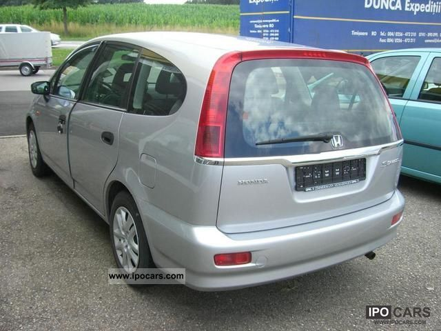 2002 Honda  Stream 1.7i LS Van / Minibus Used vehicle photo