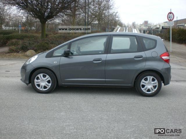 2011 Honda  Jazz 1.2 i-VTEC cars *** *** *** Only 35KM Small Car Used vehicle photo