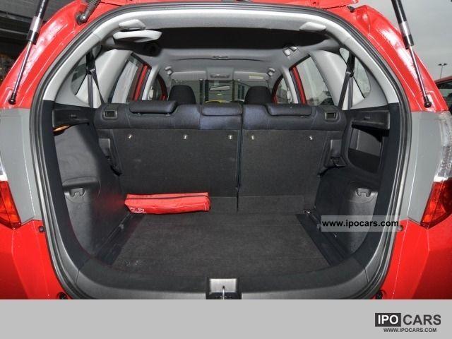 2009 Honda Jazz 1.2 trend - climate, - Car Photo and Specs