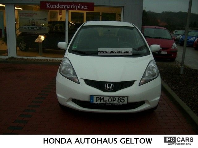 2011 Honda  Jazz 1.2 i-VTEC 50 years Edition Small Car Used vehicle photo