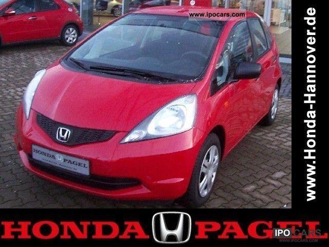 2010 Honda  Jazz 1.2i base * Radio / CD * Limousine Used vehicle photo