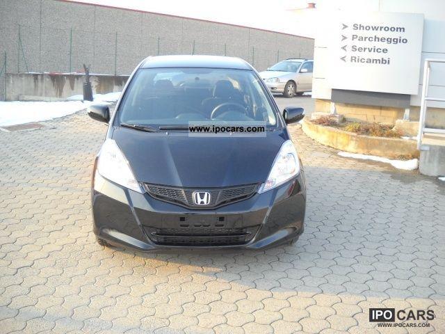2012 Honda  Jazz 1.4 i-VTEC trend Limousine Pre-Registration photo