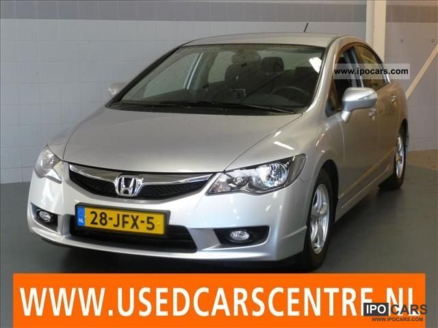 Honda  Civic 1.3 V-TEC IMA HYBRID 4D 2009 Electric Cars photo