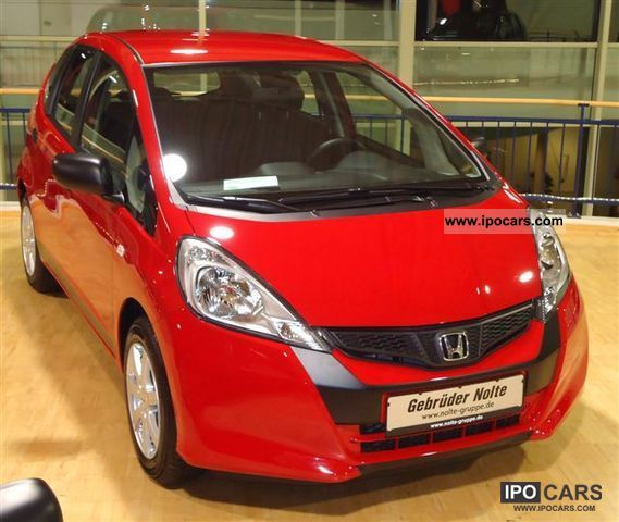 2012 Honda  Jazz 1.2 i-VTEC cross - no re-import - Limousine Pre-Registration photo