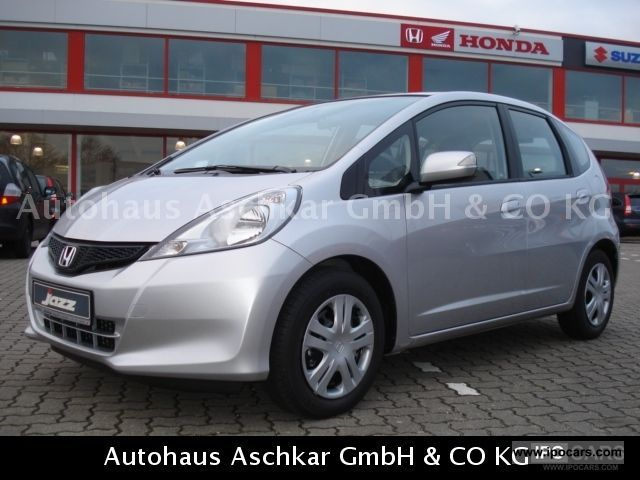 2012 Honda  Jazz 1.4 i-VTEC CVT trend \ Small Car Pre-Registration photo