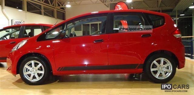 2012 Honda  Jazz 1.2 i-VTEC Cross including 4 inspections Limousine Pre-Registration photo