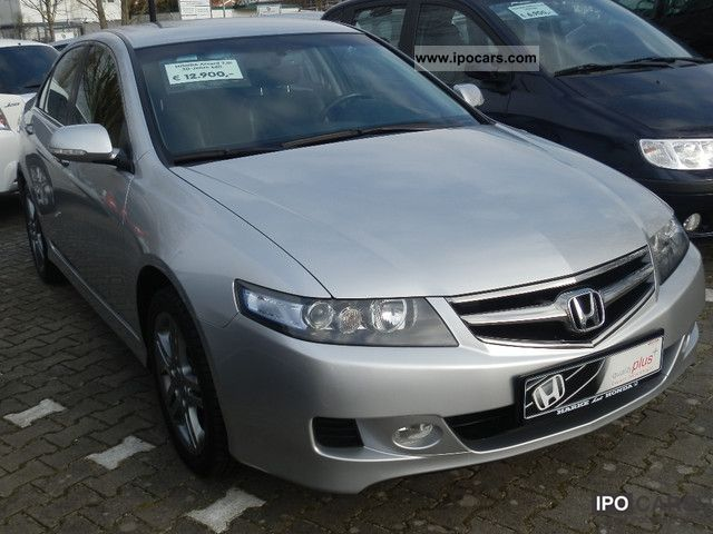2008 Honda  Accord 2.0 i Sport Edition + Winterräde Limousine Used vehicle photo
