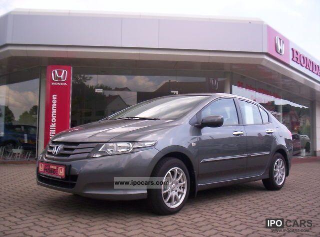 2011 Honda  City 1.4 i-VTEC Comfort Small Car Used vehicle photo