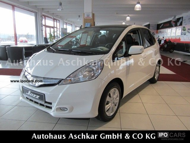 Honda  Jazz 1.3 i-VTEC IMA CVT DSi Exclusive - HYBRID - 2012 Hybrid Cars photo