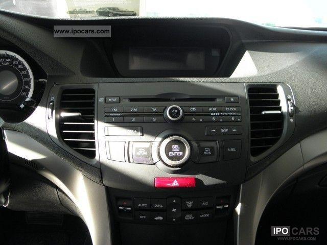 2012 Honda Accord 2.2 DTEC Elegance AIR, LM WHEELS, CD RADIO - Car Photo and Specs