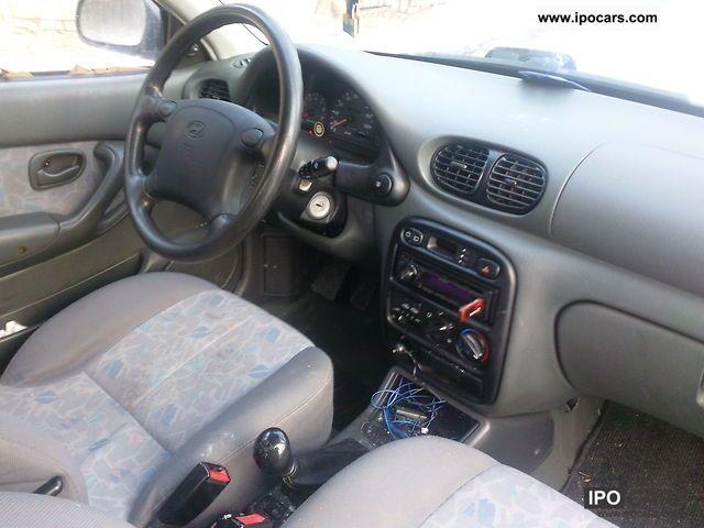 hyundai accent car photo  specs