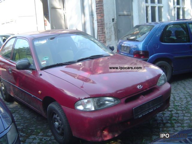 1997 Hyundai  Accent / 1.4 / EURO 2 / SERVO Small Car Used vehicle photo