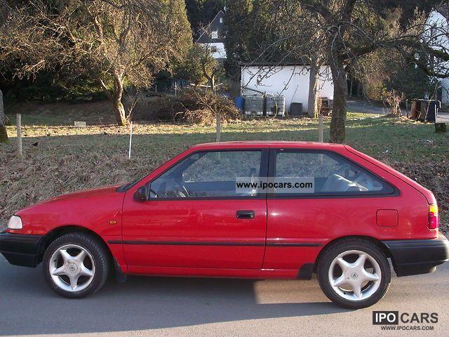 1991 Hyundai  Pony 1.5 LS TÜV & AU 7/2012. Small Car Used vehicle photo