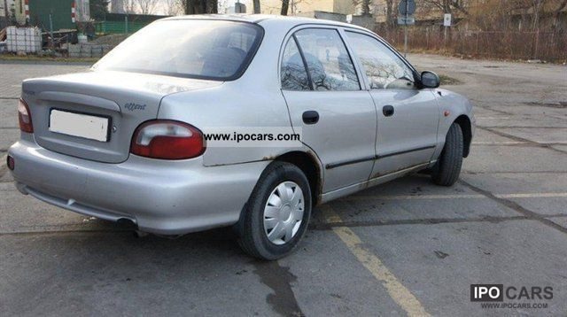 1998 hyundai accent car photo and specs. Black Bedroom Furniture Sets. Home Design Ideas