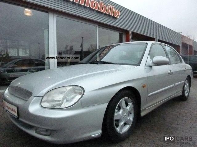 1999 Hyundai  Sonata GLS, air, sunroof, winter tires Limousine Used vehicle photo