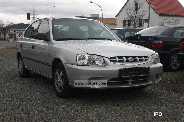 2001 Hyundai  Accent 1.3i GLS EURO 3 Limousine Used vehicle photo