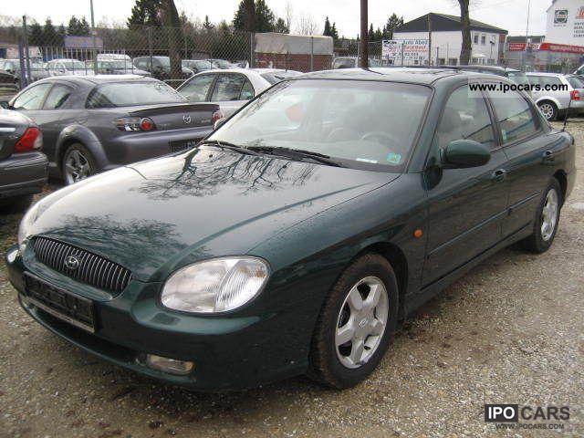 2001 Hyundai  Sonata GLS 2.0i 16V Limousine Used vehicle photo