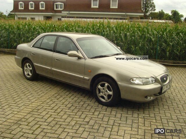 1996 Hyundai  Sonata 3.0i V6 Auto GLS Leather Aut I. Hd Limousine Used vehicle photo