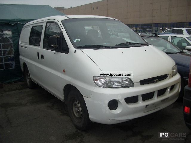 1999 Hyundai  H-1 Starex 2.5 TD Van / Minibus Used vehicle photo