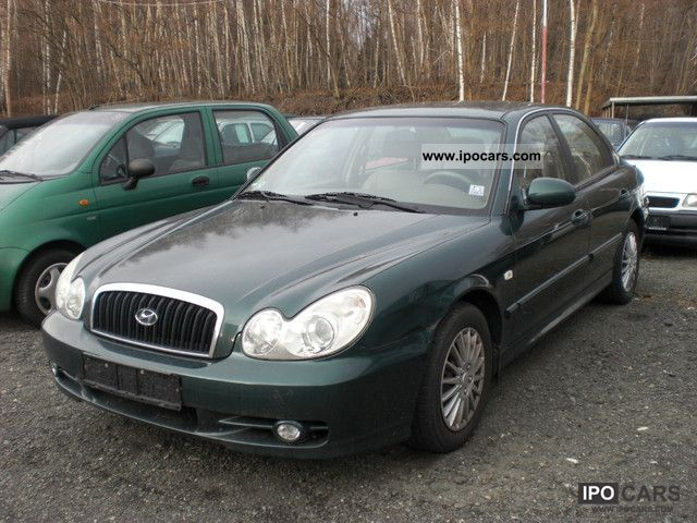 2002 Hyundai  Sonata 2.7 V6 GLS Limousine Used vehicle photo