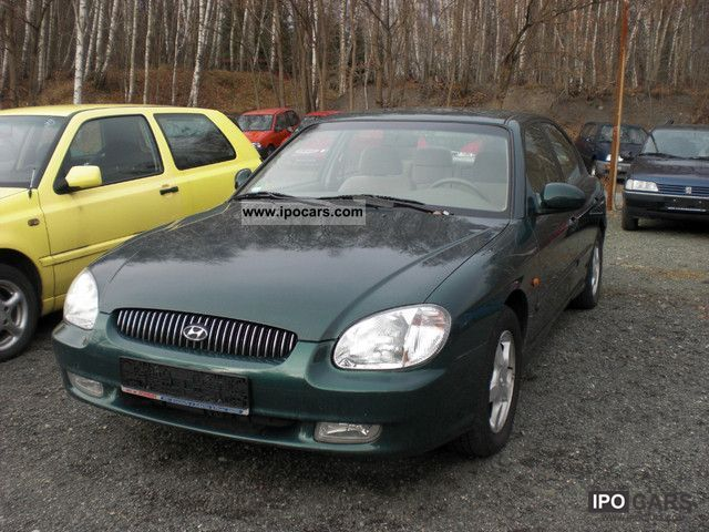 2001 Hyundai  Sonata 2.0 GLS Limousine Used vehicle photo
