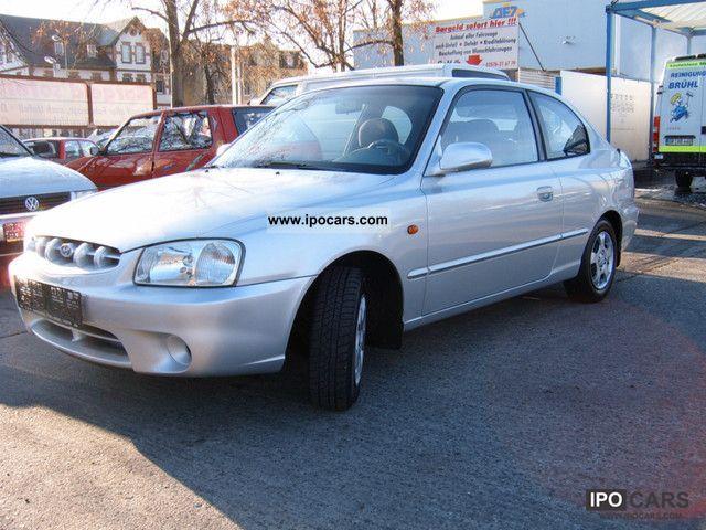 2001 Hyundai  Accent 1.5i GS \ Limousine Used vehicle photo