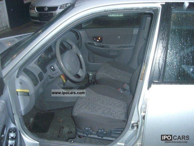2004 Hyundai Accent 1 5 Crdi Car Photo And Specs