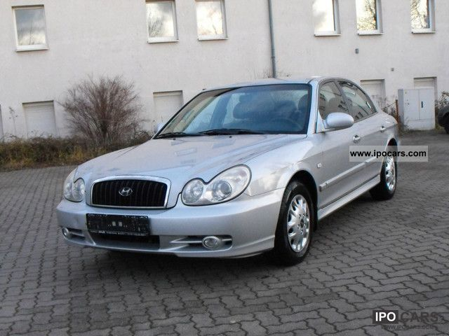 2004 Hyundai  Sonata 2.7 V6 GLS Limousine Used vehicle photo