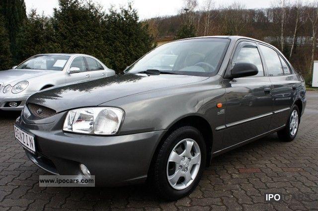 2002 Hyundai  Accent 1.5i GLS * EFH-14-inch aluminum-air Limousine Used vehicle photo