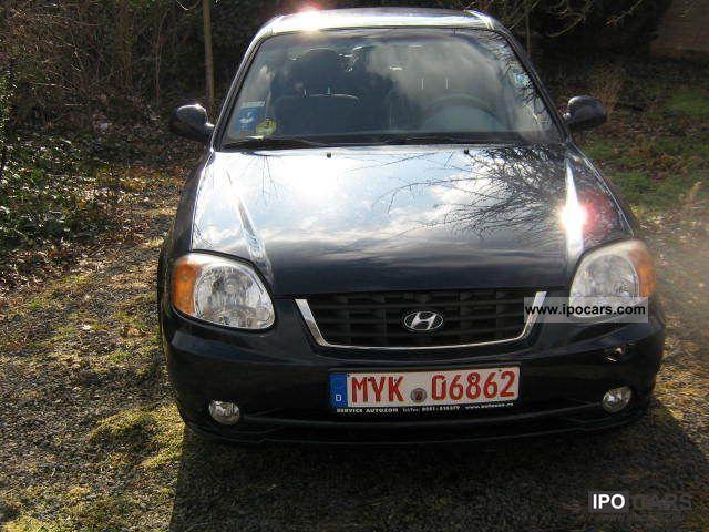 2004 Hyundai  Accent CRDi GLS Limousine Used vehicle photo