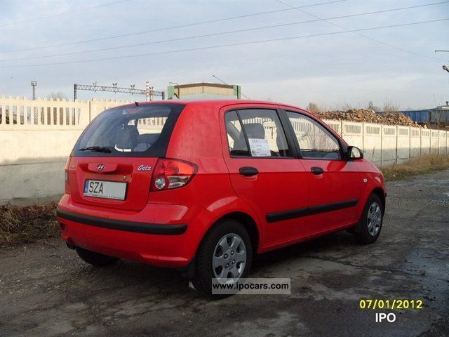 2004 hyundai getz car photo and specs. Black Bedroom Furniture Sets. Home Design Ideas